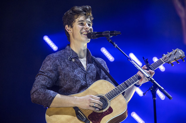 Shawn Mendes at Rogers Centre